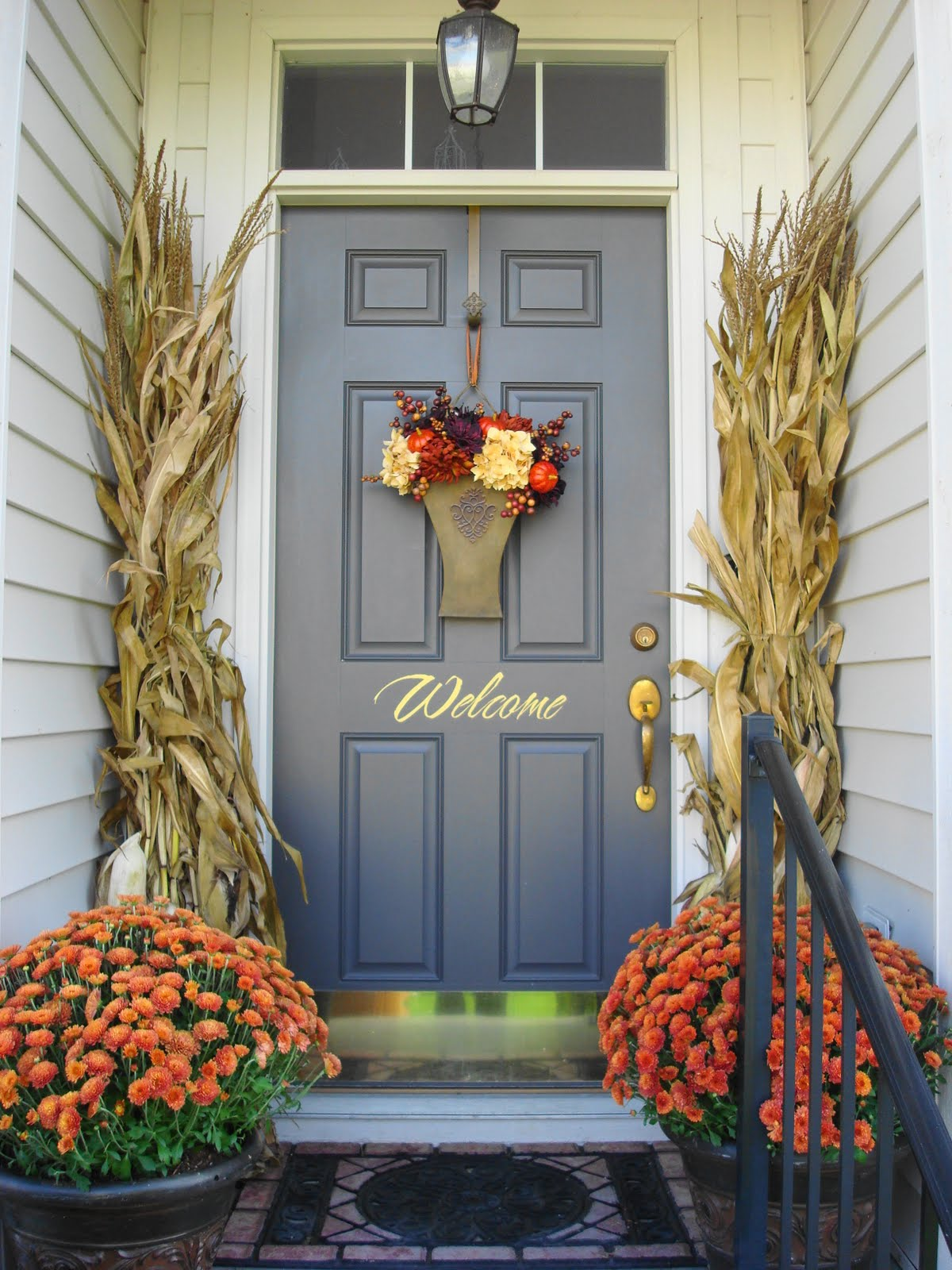 How To Warm Up Your Exterior Front Entrance For Fall
